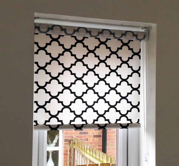 Patterned Roller Blind With No Sew Bottom And Child Safe