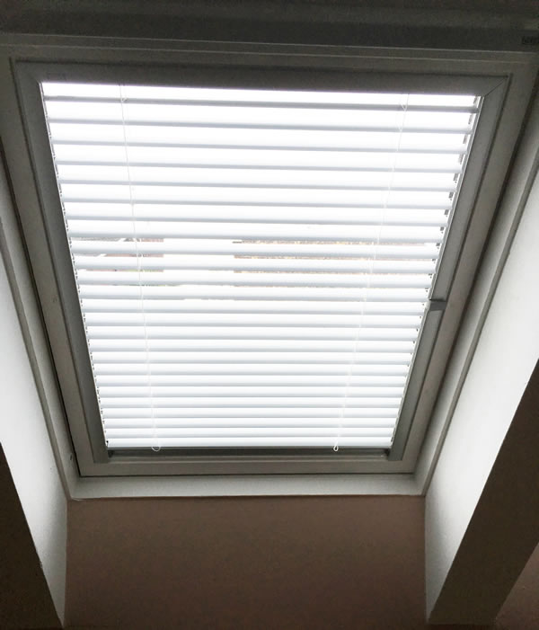 Velux Blinds Belfast Quality Roof Amp Attic Window Blinds
